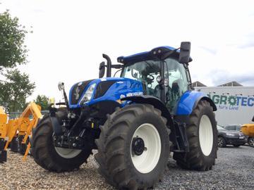 New Holland Traktoren T6.145 AC
