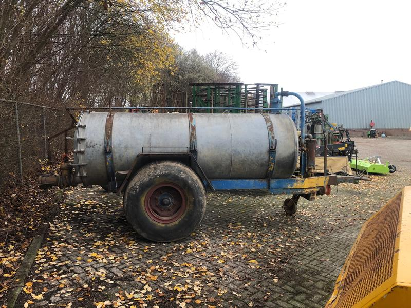 Peecon Vacuum tank 4000 ltr