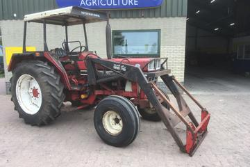 International 644, 2 WD