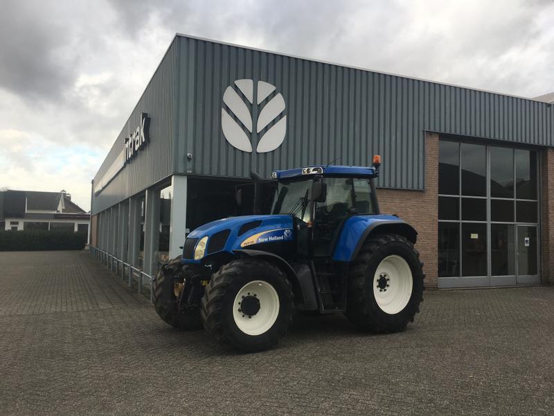 New Holland TVT 135