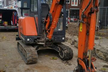 Hitachi 27 Mini rupskraan
