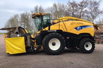 New Holland FR 9060
