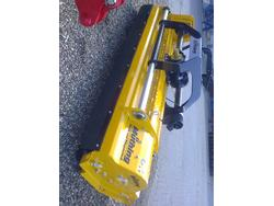 MU-H 220 Heckanbau m. hydr. Verschiebung