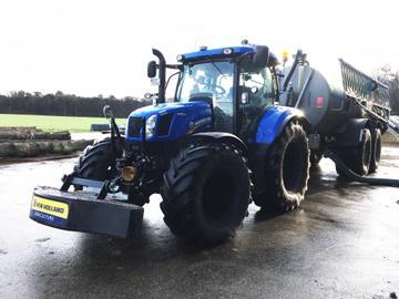 New Holland Traktoren T6.140 AC