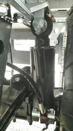ASW 281 Taurus Fox mit Breitreifen