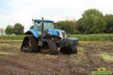New Holland T 7040 AC