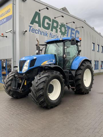 New Holland Traktoren New Holland T7030 PowerCommand