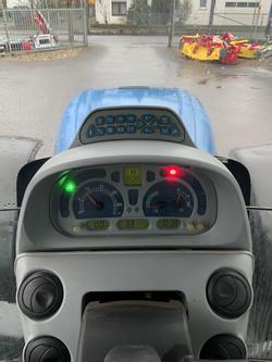 New Holland T7030 PowerCommand