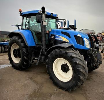 New Holland Traktoren TVT 145
